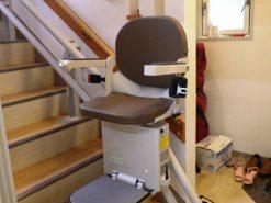 バリアフリーリフォーム 昇降階段の設置!