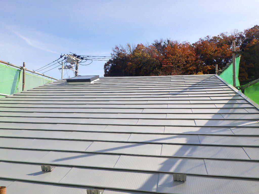 ガルバリウム鋼板の屋根に葺き替え♪