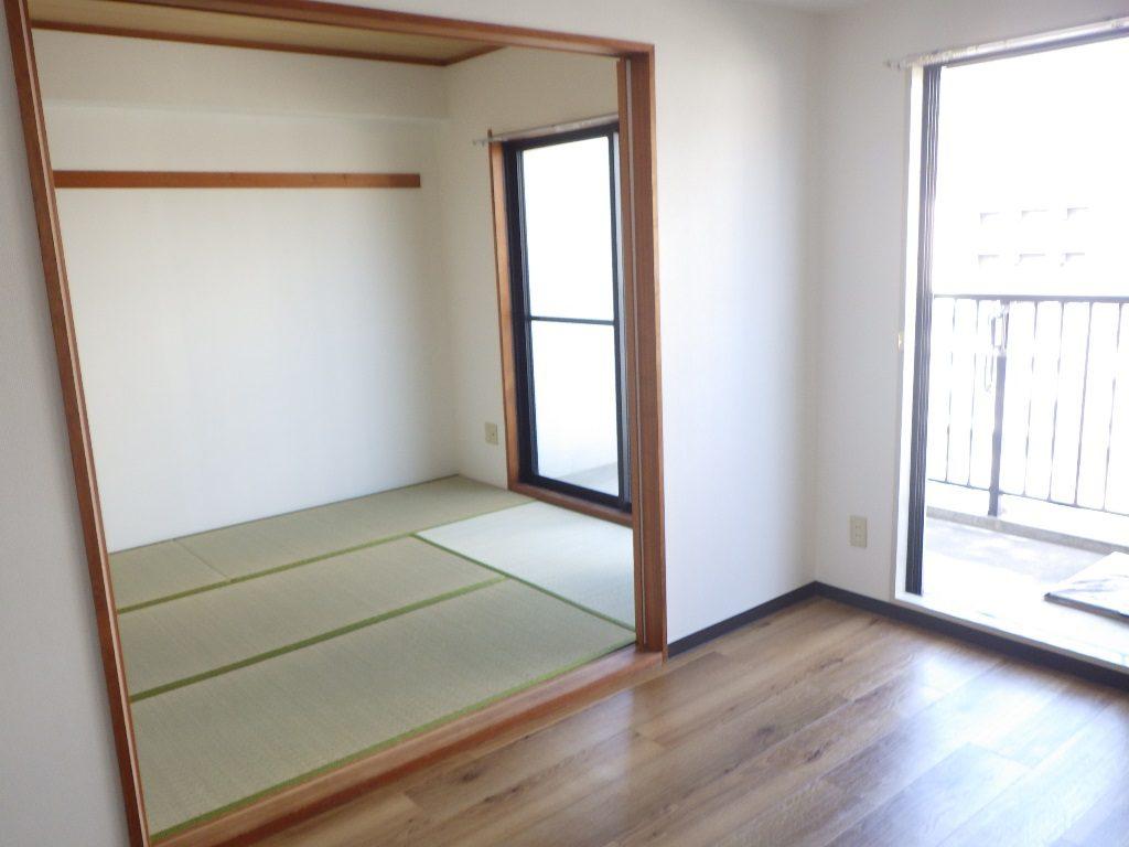 賃貸マンションのリフォームで家賃UP♪ ~ロイヤルウッドの床材~