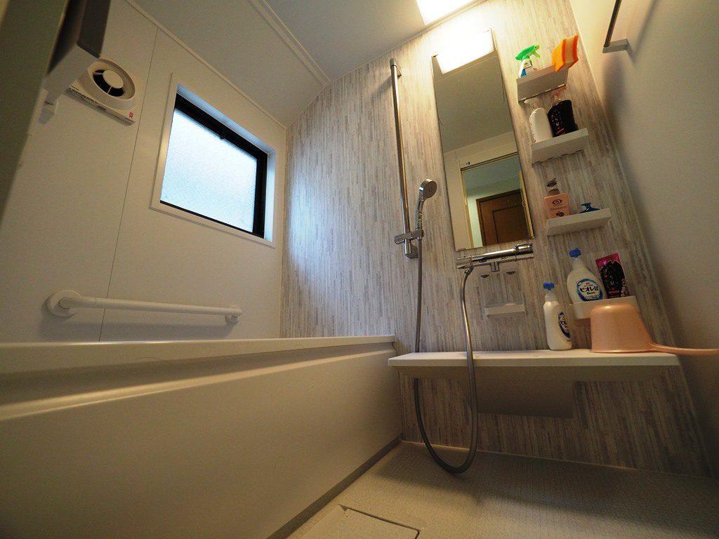 北新宿で2階建て、戸建ての水廻りリフォーム♫